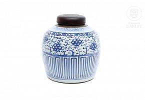 Tibor de porcelana azul y blanco, s.XIX