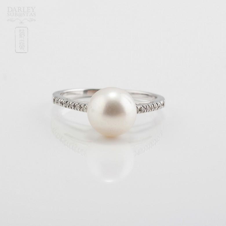 Anillo perla natural en oro blanco y diamantes - 1