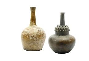 Pair of vases, Hispanic-America