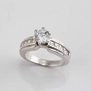 925银镀白金镶圆锆石戒指