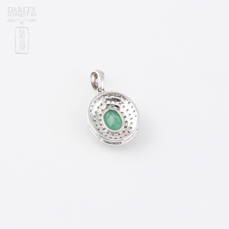 Colgante con esmeralda 1.26cts y diamantes en oro blanco de 18k - 2