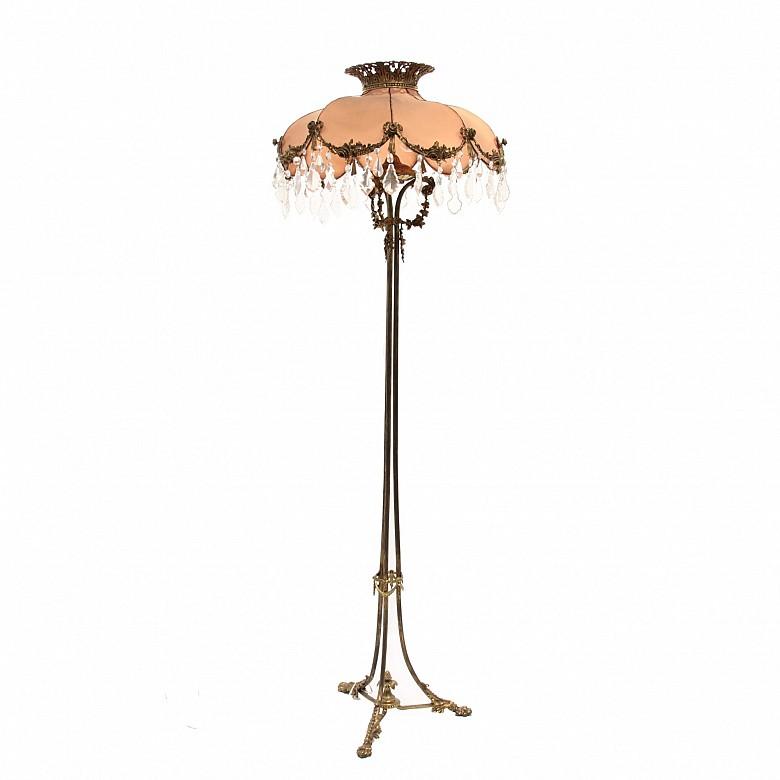 Lámpara de pie alto de metal, med.s.XX
