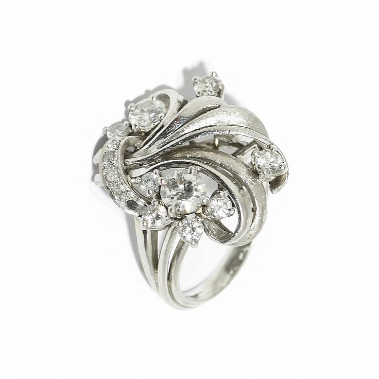 Sortija en platino con diamantes, ca.1960