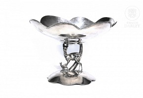 Spanish 925 sterling silver fruit bowl, punched.