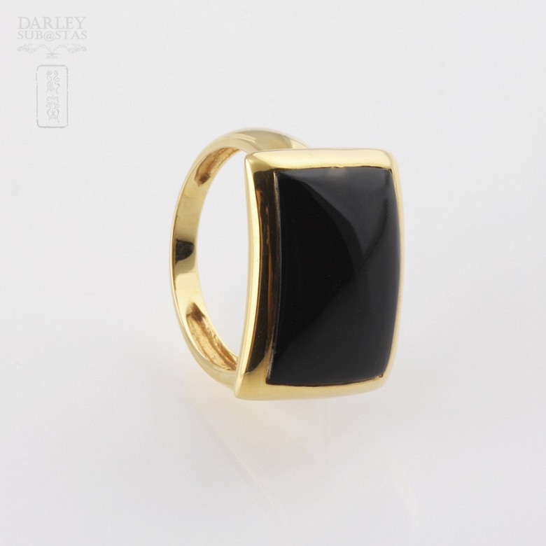 ring Natural onyx  in 18k yellow gold