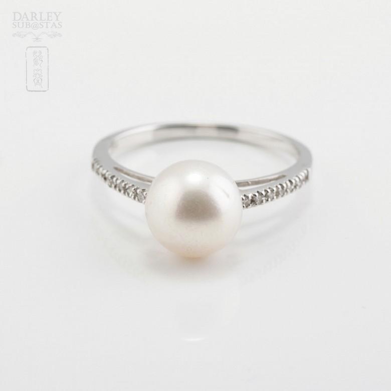 Anillo perla natural en oro blanco y diamantes - 2