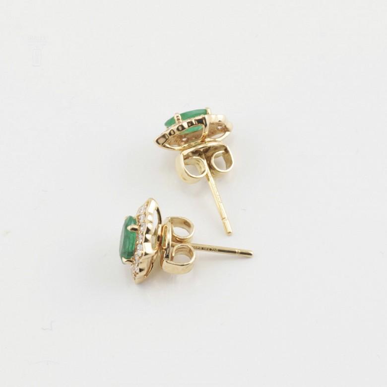 18k gold earrings, emerald and diamonds - 3