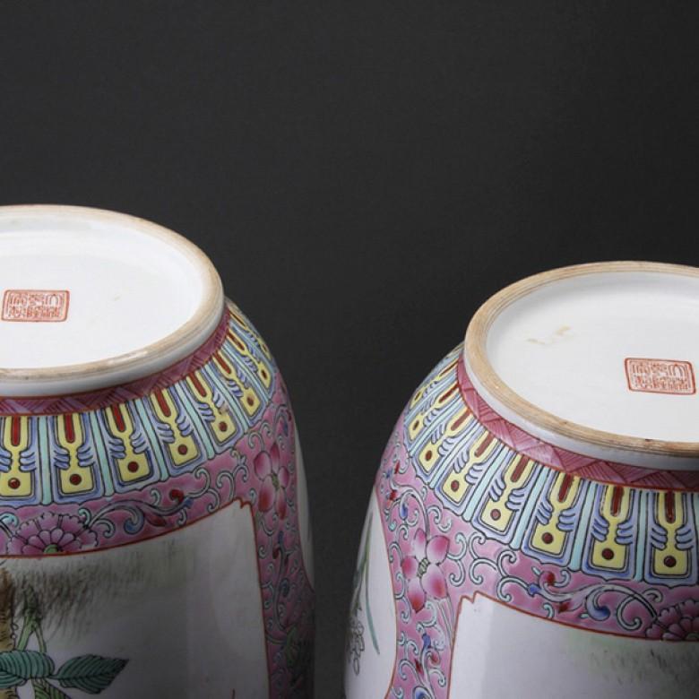 粉彩对花瓶 - 2