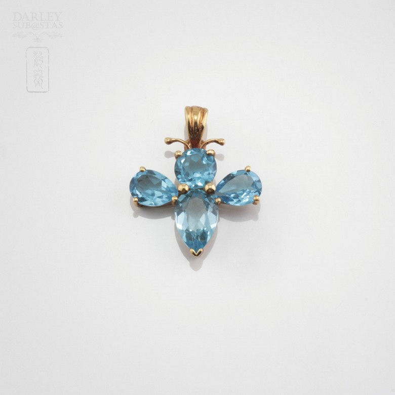 Pendant with 3.80cts Topaz in 18k Yellow Gold