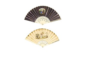 Lot of two fans with carved bone linkage, 19th century