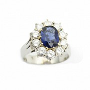 Platinum ring with sapphire and diamonds, rosette type