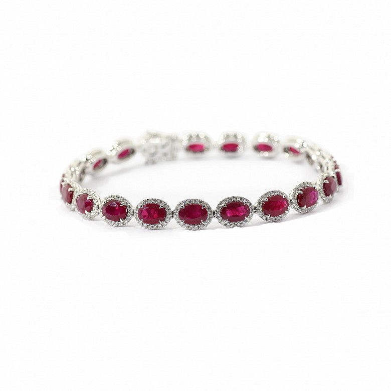 Riviere bracelet in 18k white gold with rubies and diamonds