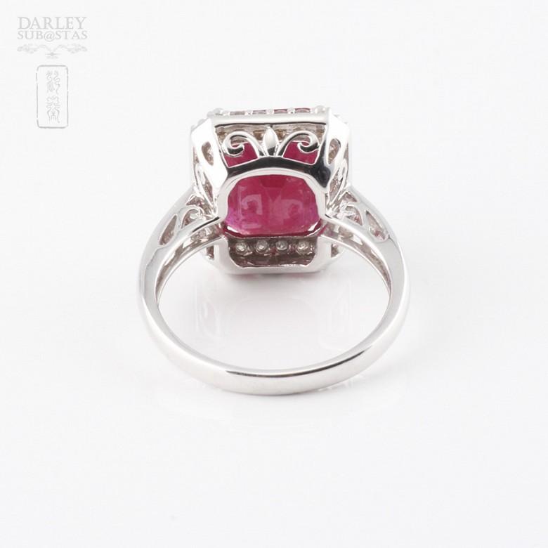 Anillo Rubí 8.25cts y diamantes  oro blanco 18k - 1