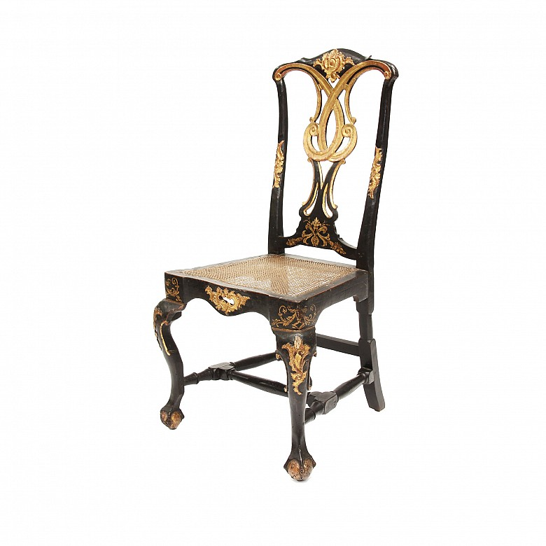 Carved wooden chair, following Chippendale models, ffs.s.XVIII