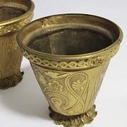 Pair of golden bronze pots. - 7
