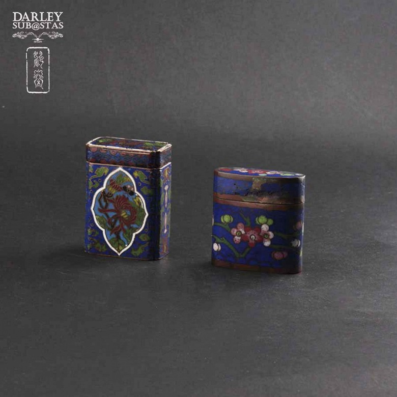 Chinese Cloisonne precious little boxes
