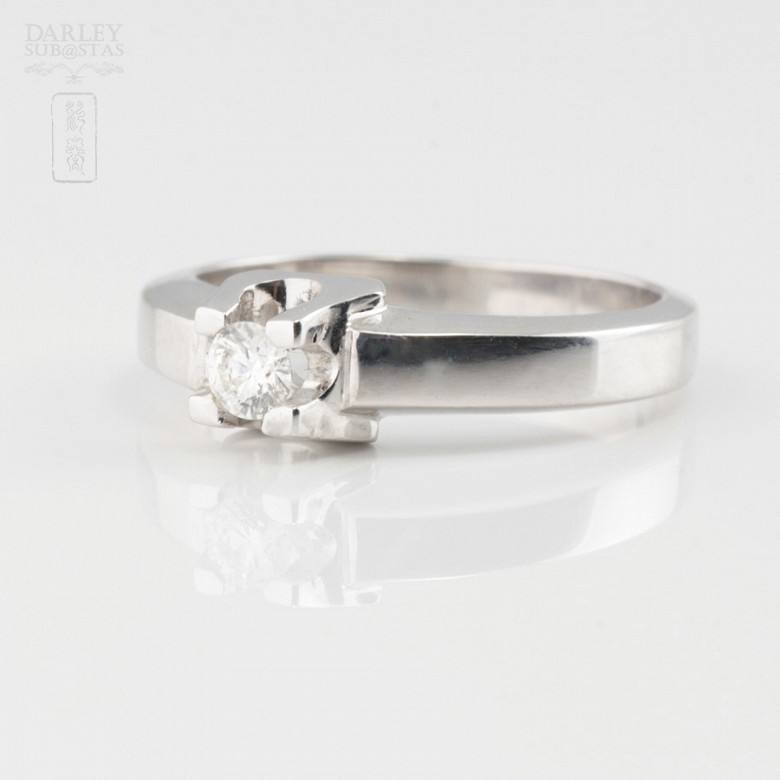Solitario de diamante 0.16cts en oro blanco de 18k - 2
