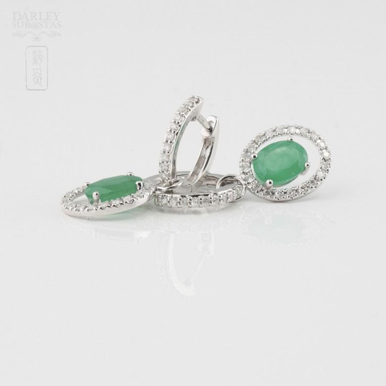 Fantastic diamond and emerald earrings - 1