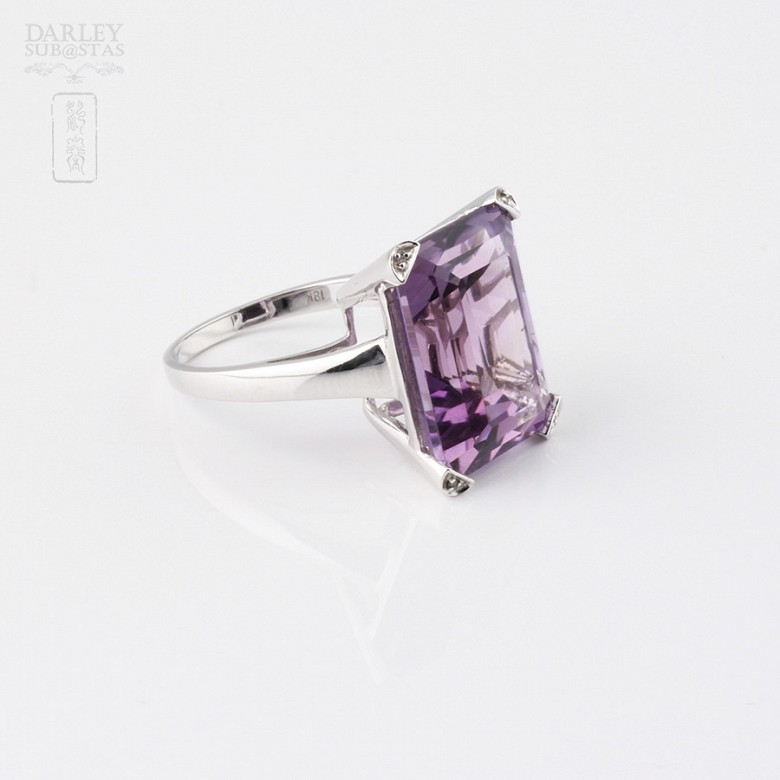 ring with 17.94 cts amethyst diamonds and 18k white gold - 1