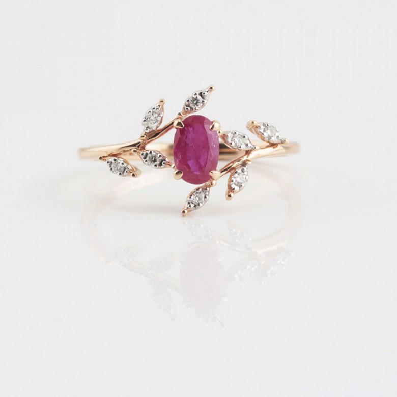 Precioso anillo en oro rosa 18k, rubí y diamantes - 4