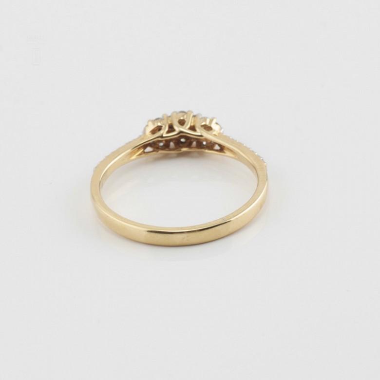 Precioso anillo oro amarillo 18k y diamantes 0.26cts - 2