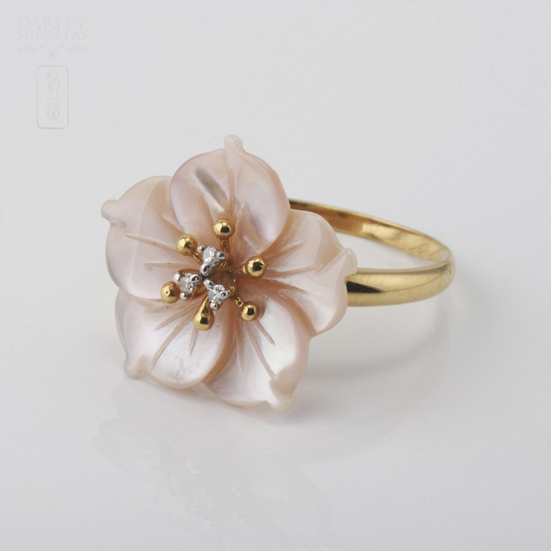 Ring with Pink pearl and diamonds in yellow gold - 2