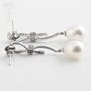 Pendientes perla natural y diamantes  en oro blanco - 2