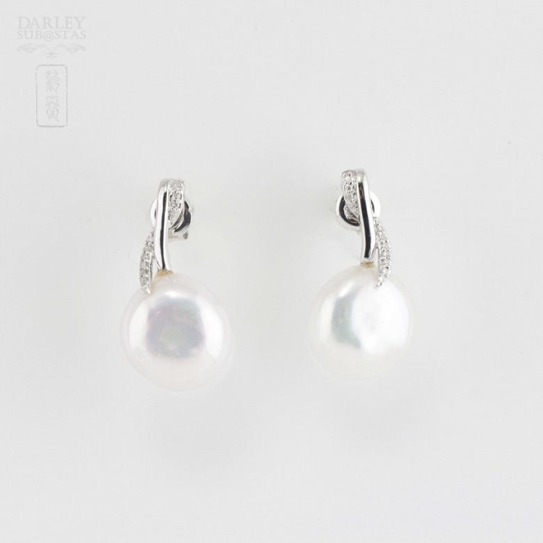 Pendientes perla barroca y diamantes