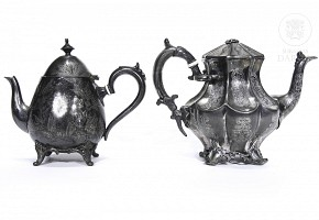 Two English electro plated metal teapots, early 20th century