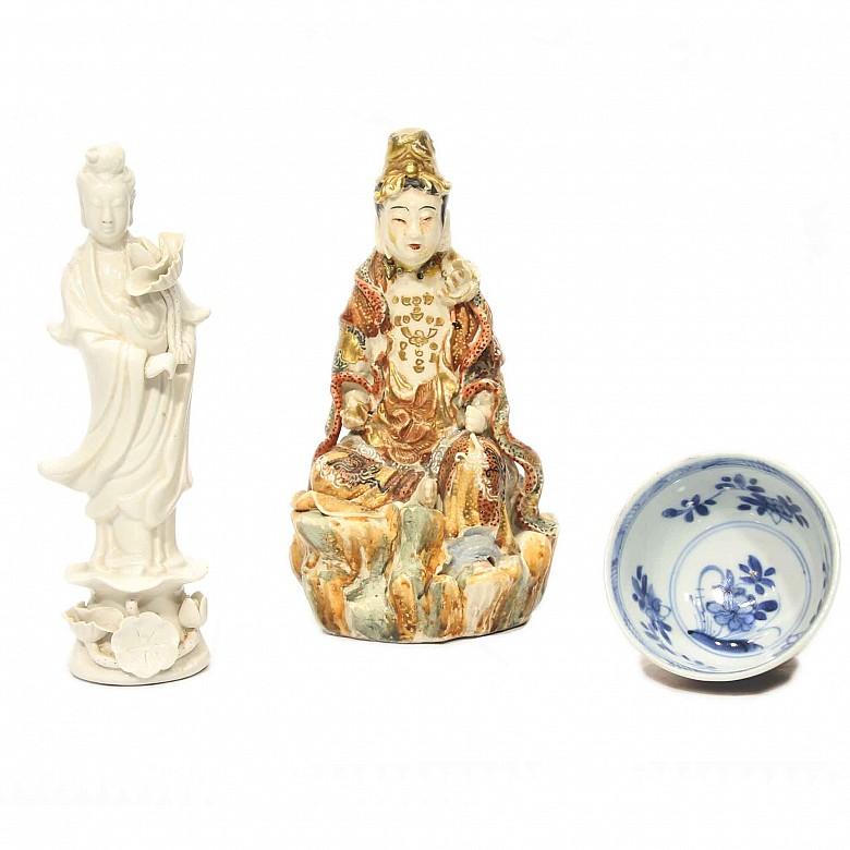 Lote de porcelana china esmaltada, s.XX