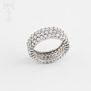 Nice ring in silver rhodium and zirconia
