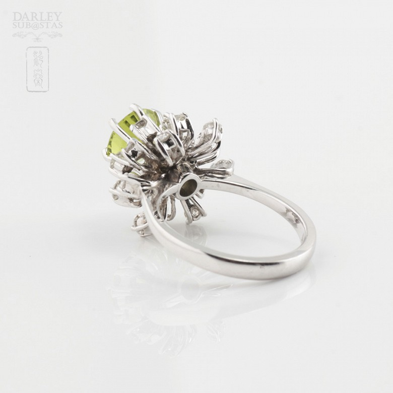 Peridot and Diamond Ring - 3