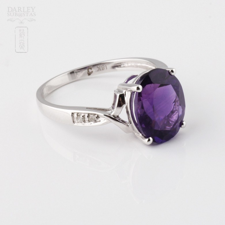 Ring Amethyst 3.08cts and diamonds in 18k white gold - 3