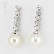 Earrings with diamonds and Australian pearl 0.70cts
