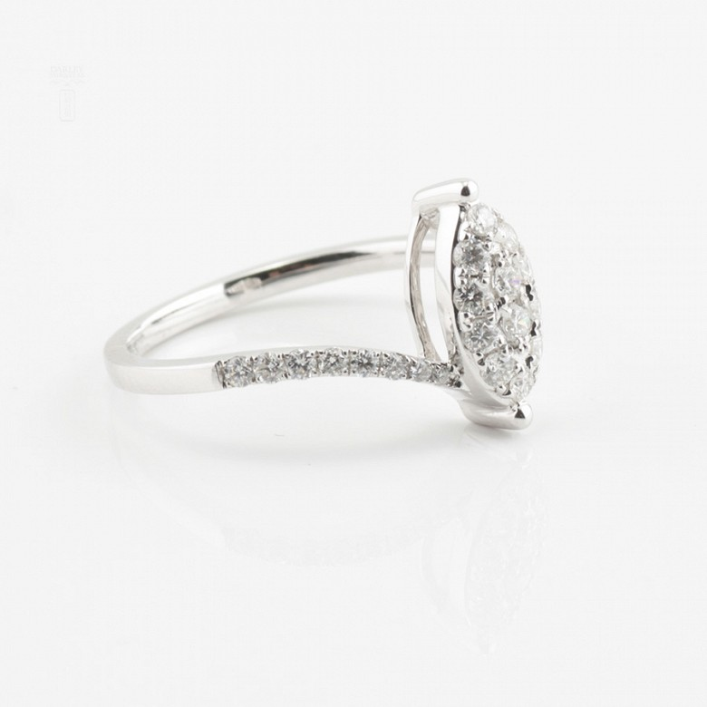 Beautiful ring white gold and diamonds 0.50cts - 1