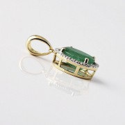 Pendant in 18k yellow gold with  2.27cts emerald and diamond - 1