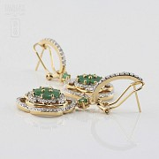 Precious emerald and diamond earrings - 2