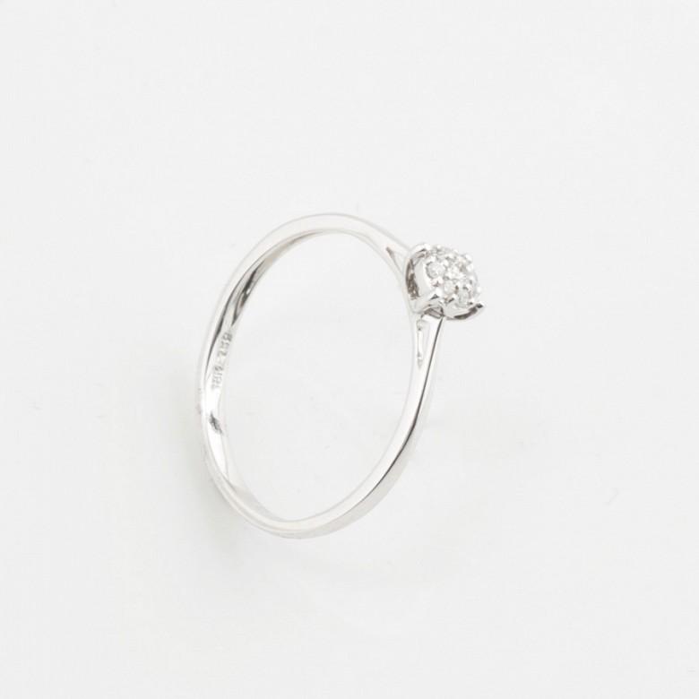 18K白金钻石戒指 - 1