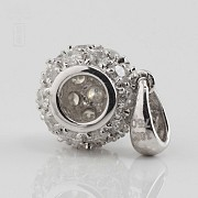 0.97cts ball pendant with diamonds - 3