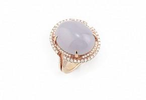 Anillo oro en oro rosa 18k, diamantes y jadeíta lila.