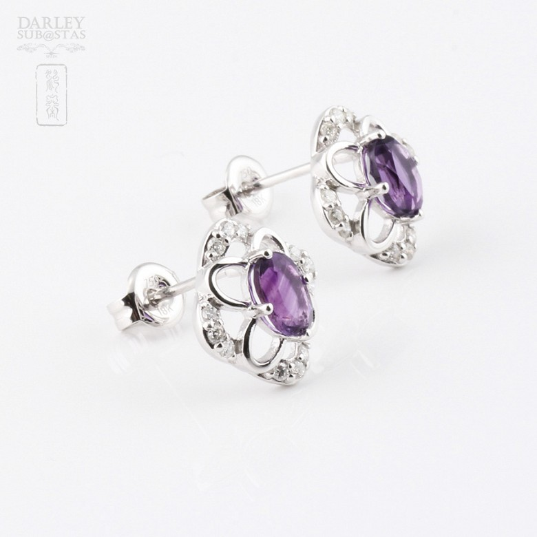 Earrings in 18k white gold with 0.98cts  amethyst and diamonds - 2
