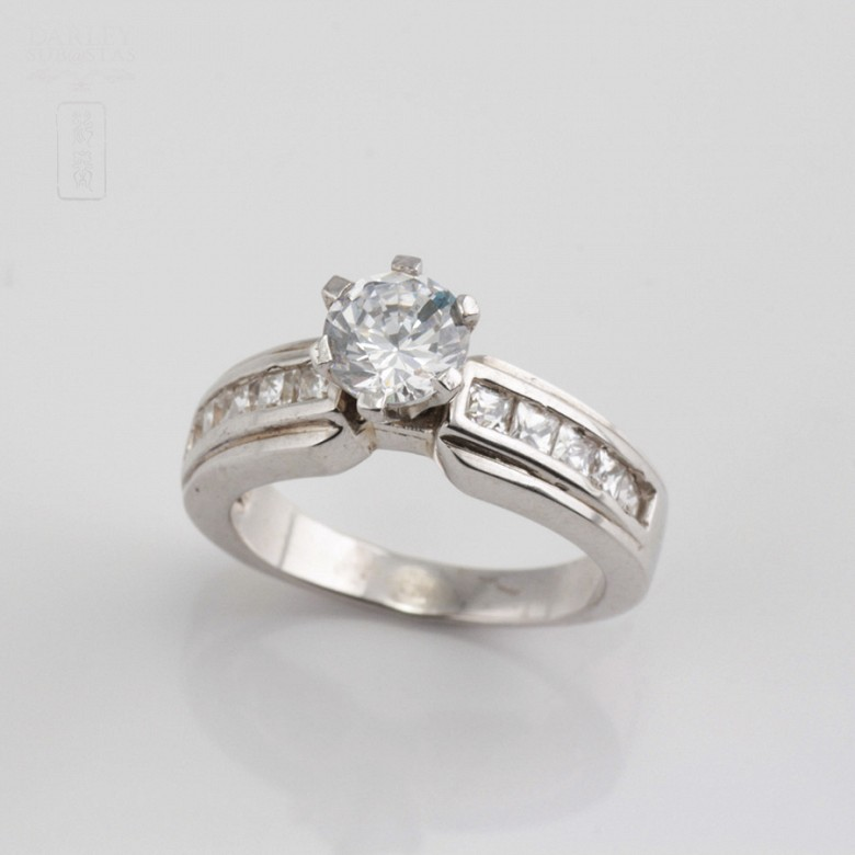 Ring in sterling silver, 925m / m, with zircons