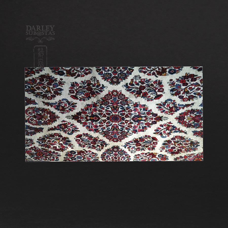 Alfombra persa de lana gruesa for Restauracion alfombras persas