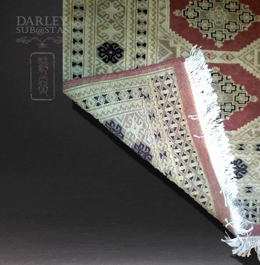 Alfombra persa for Restauracion alfombras persas